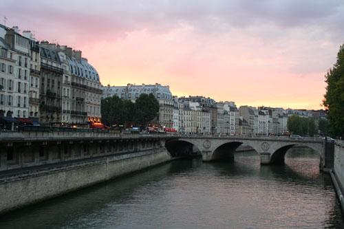 Dusk. Quai des Grands Augustins. Paris France.